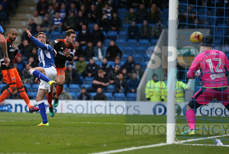 Billy Sharp of Sheffield Utd heads in his goal during the English League One match at the Proact Stadium, Chesterfield. Picture date: November 13th, 2016. Pic Simon Bellis/Sportimage