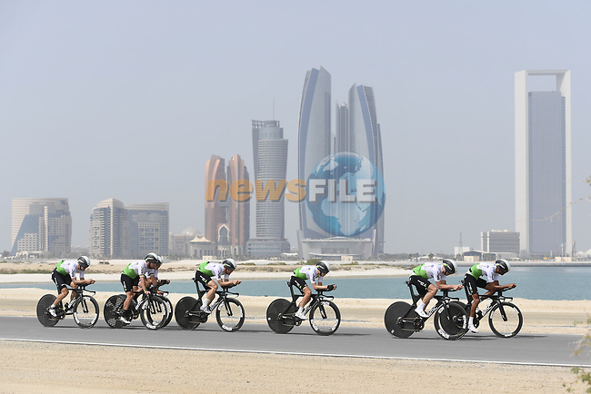 Team Dimension Data motor along during Stage 1 of the 2019 UAE Tour, a team time trial running 16km around Al Hudayriat Island, Abu Dhabi, United Arab Emirates. 24th February 2019.<br /> Picture: LaPresse/Fabio Ferrari | Cyclefile<br /> <br /> <br /> All photos usage must carry mandatory copyright credit (© Cyclefile | LaPresse/Fabio Ferrari)