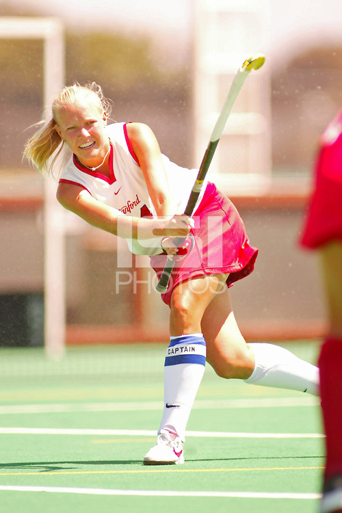27 August 2005: Lyndsay Erickson during Stanford's 2-1 overtime loss to Miami (Ohio) at the Varsity Turf Field in Stanford, CA.