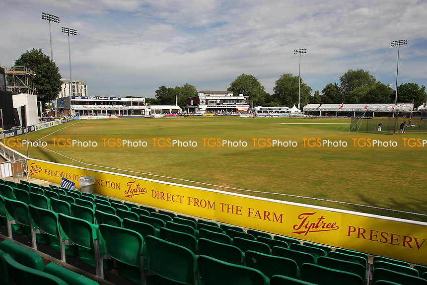 General view of the ground ahead of Day Two - Essex CCC vs Australia - Tourist Match ahead of the 2015 Ashes Series at the Essex County Ground, Chelmsford, Essex - 02/07/15 - MANDATORY CREDIT: Gavin Ellis/TGSPHOTO