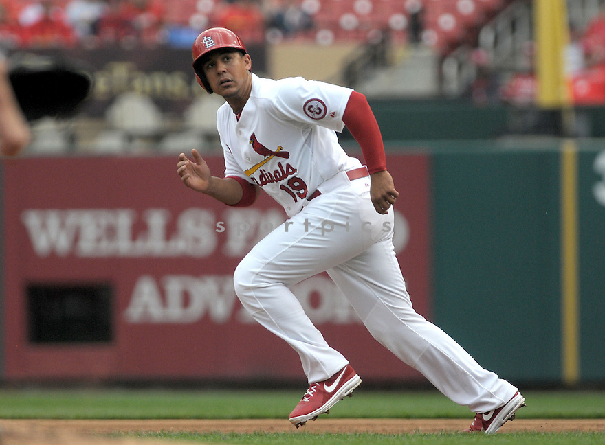St. Louis Cardinals Jon Jay (19) during a game against the Cincinnati Reds on April 10, 2013 at Busch Stadium in St. Louis, MO. The Cardinals beat the Reds 10-0...