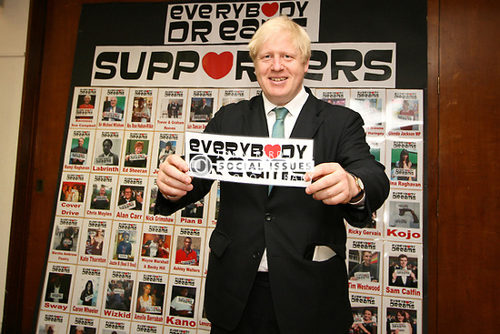 Boris Johnson, Mayor of London, visiting Gladesmore secondary school, to support their campaign to get their song 'Everybody Dreams' , showing the positive sides of Tottenham, to the top of the charts, London Borough of Haringey, London UK 2012