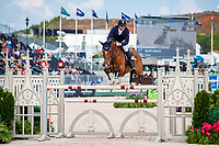 AUS-Scott Keach rides Fedor during the First Competition - FEI World Team and Individual Jumping Championship. 2018 FEI World Equestrian Games Tryon. Tuesday 18 September. Copyright Photo: Libby Law Photography