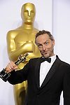 US-LOS ANGELES-OSCARS-BEST CINEMATOGRAPHY-<br /> Cinematographer Emmanuel Lubezki poses after winning the Best Cinematography award for &quot;Birdman&quot; during the 87th Academy Awards at the Dolby Theater. <br /> Los Angeles, USA - 22/02/2015.