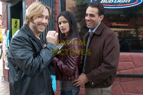 RON ELDARD, JILL HENNESSEY & BOBBY CANNAVALE.in the set of Roadie.*Filmstill - Editorial Use Only*.CAP/FB.Supplied by Capital Pictures.