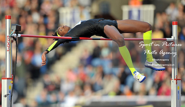 Chaunte Lowe (USA) High Jump  - PHOTO: Mandatory by-line: Garry Bowden/SIP/Pinnacle - Photo Agency UK Tel: +44(0)1363 881025 - Mobile:0797 1270 681 - VAT Reg No: 768 6958 48 - 13/07/2012 - Samsung Diamond League, Crystal Palace, London, England.