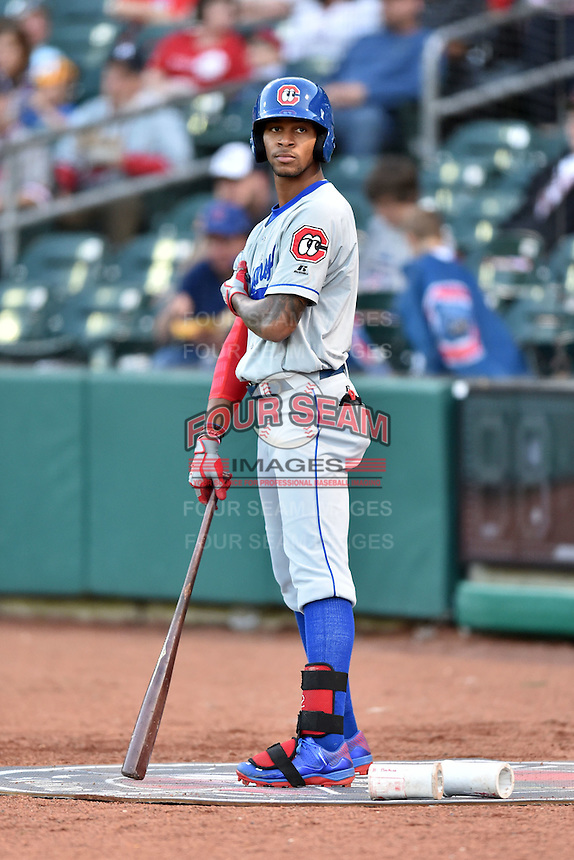 Chattanooga Lookouts center fielder Byron Buxton (7) in the on deck circle during a game against the Tennessee Smokies on April 25, 2015 in Kodak, Tennessee. The Smokies defeated the Lookouts 16-10. (Tony Farlow/Four Seam Images)