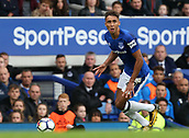 1st October 2017, Goodison Park, Liverpool, England; EPL Premier League Football, Everton versus Burnley; Dominic Calvert-Lewin of Everton  looks up before crossing the ball into the penalty area