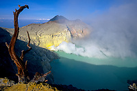 Kawah Ijen volcano and acid lake, Java, Indonesia, 2002
