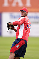 Salem Red Sox pitcher Luis Diaz (34) throws in the outfield before a game against the Lynchburg Hillcats on April 25, 2014 at Lewisgale Field in Salem, Virginia.  Salem defeated Lynchburg 10-0.  (Mike Janes/Four Seam Images)