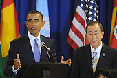 United States President Barack Obama, left, delivers remarks at a luncheon hosted by UN Secretary General Ban Ki-moon, right, at UN headquarters in New York, New York, USA, Thursday, 23 September 2010.  The luncheon occurs during the 65th session of UN General Assembly (UNGA), where world leaders are meeting for general debate on alleviating poverty, global security and economic development.    .Credit: Michael Reynolds - Pool via CNP