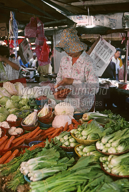 """Asie/Malaisie/Kuala Lumpur: Chinatown - Le marché """"Chowkit"""" étal de légumes"""