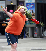 NEW YORK, NY December 08, 2017 James Corden shooting the Late Late Show with James Corden Crosswalk the Musical  on  Broadway in New York December 08, 2017. Credit:RW/MediaPunch /nortephoto.com NORTEPHOTOMEXICO