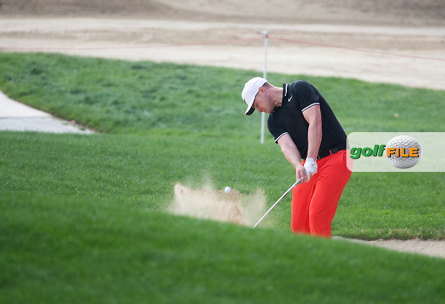 Oliver Fisher (ENG) on the 18th during the final round of the Abu Dhabi HSBC Championship, Abu Dhabi Golf Club, Abu Dhabi,  United Arab Emirates. 22/01/2017<br /> Picture: Golffile   Fran Caffrey<br /> <br /> <br /> All photo usage must carry mandatory copyright credit (&copy; Golffile   Fran Caffrey)