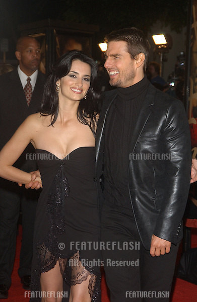 TOM CRUISE & PENELOPE CRUZ at the Los Angeles premiere of his new movie The Last Samurai..December 1, 2003