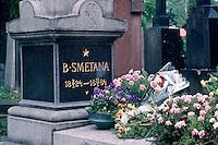Tschechien, Prag, Friedhof Vysehrad, Grab von Smetana, Unesco-Weltkulturerbe