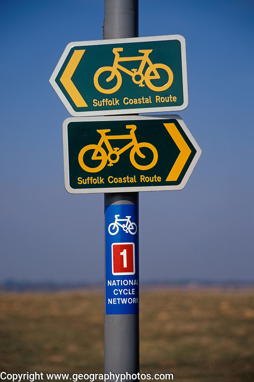 A87DHF Signs for Suffolk Coastal Cycle route