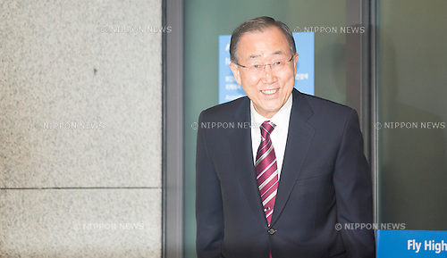 Ban Ki-Moon, Jan 12, 2017 : Former U.N. Secretary-General Ban Ki-moon arrives in Incheon airport in Incheon, west of Seoul, South Korea. Ban, who is a former foreign minister of South Korea, finished his second five-year term as the U.N. Secretary-General at the end of last year. Ban is closely competing with Moon Jae-in of the opposition Democratic Party for the front runner position in opinion polls for the upcoming presidential election of South Korea. The election was originally scheduled for December this year but it could take place earlier if the Constitutional Court upholds the impeachment of President Park Geun-Hye. Park was impeached on December 9, 2016 over a corruption scandal centering on her longtime confidante Choi Soon-Sil. (Photo by Lee Jae-Won/AFLO) (SOUTH KOREA)