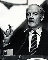 Sen.George McGovern running for President.speaking in San Francisco.  (photo/Ron Riesterer)