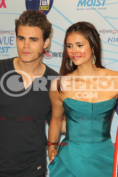 UNIVERSAL CITY, CA - JULY 22: Paul Wesley and Nina Dobrev in the press room at the 2012 Teen Choice Awards at Gibson Amphitheatre on July 22, 2012 in Universal City, California. &copy; mpi28/MediaPunch Inc. /NortePhoto.com*<br />