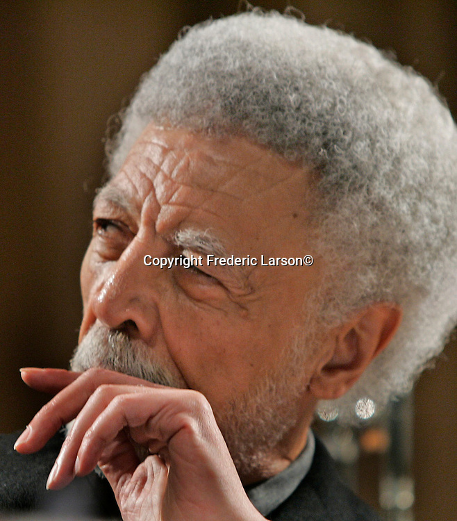 Ron Dellums, the retired Congressman and East Bay progressive and Oakland 's mayor.