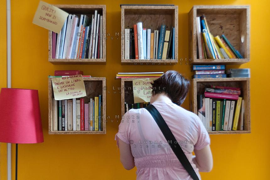 Spazio scambio libri. La Casa del quartiere. Torino