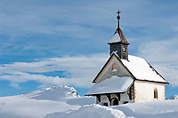 Italien, Suedtirol (Alto Adige), Kapelle am Jaufenpass (2.000 m)   Italy, Alto Adige (South Tyrol), chapel at Passo Monte Giovo (2.000 m)