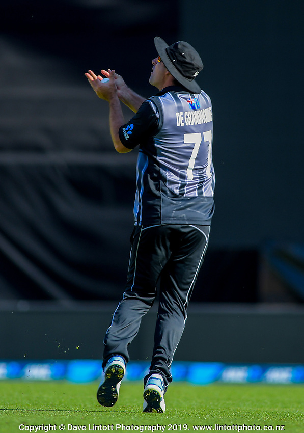 Colin de Grandhomme catches Lewis Gregory. Twenty20 International cricket match between NZ Black Caps and England at Westpac Stadium in Wellington, New Zealand on Sunday, 3 November 2019. Photo: Dave Lintott / lintottphoto.co.nz