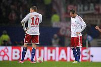 USSBALL   1. BUNDESLIGA    SAISON 2012/2013    10. Spieltag   Hamburger SV - FC Bayern Muenchen                    03.11.2012 Artjoms Rudnevs (li) und Rafael van der Vaart (re, beide Hamburger SV) sind nach dem 0:3 enttaeuscht
