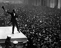 Douglas Fairbanks, movie star, speaking in front of the Sub-Treasury building, New York City, to aid the third Liberty Loan.   April 1918.  Paul Thompson.  (Army)<br />