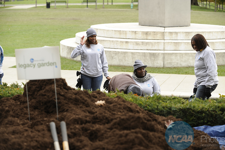 17 OCT 2009: Honorees plant a garden in White River State Park during the 2009 NCAA Woman of the Year Awards in Indianapolis, IN.  Brett Wilhelm/NCAA Photos