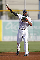 July 11, 2009:  Shortstop Justin Jackson of the Dunedin Blue Jays during a game at Dunedin Stadium in Dunedin, FL.  Dunedin is the Florida State League High-A affiliate of the Toronto Blue Jays.  Photo By Mike Janes/Four Seam Images