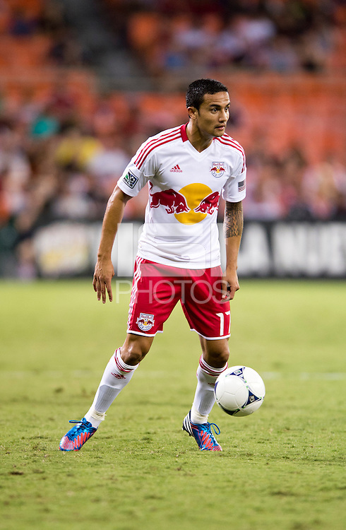 Tim Cahill (17) of the New York Red Bulls looks to pass during the game at RFK Stadium in Washington, DC.  D.C. United tied the New York Red Bulls, 2-2.