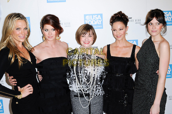 MOLLY SIMS, DEBRA MESSING, KATE ROBERTS, ASHLEY JUDD & MANDY MOORE.at the USA Today 4th Annual Hollywood Hero Award Honors at the Montage Beverly Hills in Beverly Hills, California, USA, November 10th 2009..half length  one shoulder black and white dress long maxi tiered strapless  grey gray top skirt print pearl necklace pearls ruffle sleeved sleeves long gold zips hand on hip polka dot .CAP/ROT.©Lee Roth/Capital Pictures