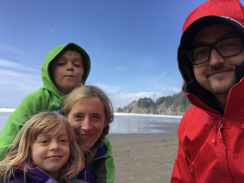 Aaron Peterson and family exploring the Oregon Coast.