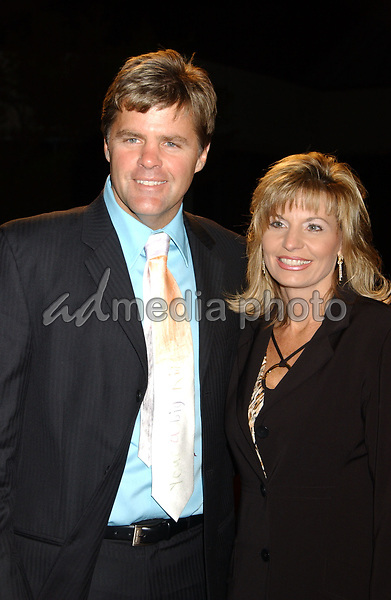 06 November 2007 - Nashville, Tennessee - Rrichie McDonald and wife Lorie. BMI Country Awards 2007 held at BMI Headquarters. Photo Credit: Laura Farr/AdMedia