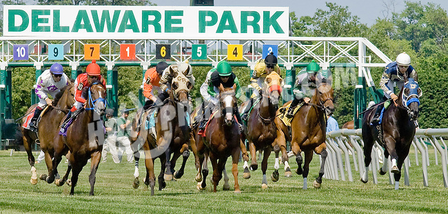 Lady Raven winning at Delaware Park on 6/16/12