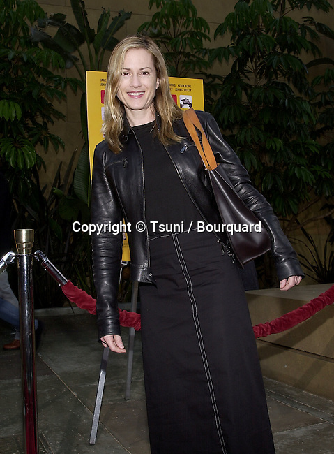 "Holly Hunter arriving at the movie 1ere of "" Anniversary Party""  at the Egyptian Theatre in Los Angeles  June 6, 2001   © Tsuni          -            HunterHolly06.jpg"