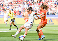 20190707 - LYON , FRANCE : American Kelley O Hara pictured in a duel with Dutch Lieke Martens during the female soccer game between The United States of America – USA-  and the Netherlands – Oranje Leeuwinnen -, the final  of the FIFA Women's  World Championship in France 2019, Sunday 7 th July 2019 at the Stade de Lyon  Stadium in Lyon  , France .  PHOTO SPORTPIX.BE | DAVID CATRY