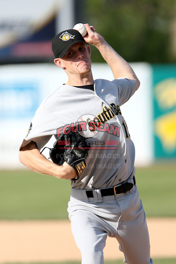 April 28, 2007:  Shane Donovan of the South Bend SilverHawks at Elfstrom Stadium in Geneva, IL  Photo by:  Chris Proctor/Four Seam Images