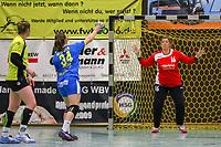 Siebenmeter Laura Majer (Leipzig) gegen Julia Saper (SG WBW) - 10.03.2019: SG Weiterstadt/Braunshardt/Worfelden vs. HC Leipzig, Sporthalle Braunshardt