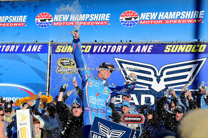 Sunday, September 25, 2016: Sprint Cup Series driver Kevin Harvick (4) climbs out his car after winning the NASCAR Sprint Cup Series Bad Boy Off Road 300 race held at the New Hampshire Motor Speedway in Loudon, New Hampshire. Eric Canha/CSM