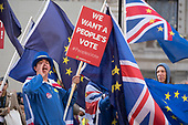 Anti-Brexit protesters demonstrate outisde a critical Downing Street Brexit Cabinet meeting, Whitehall, Westminster London.