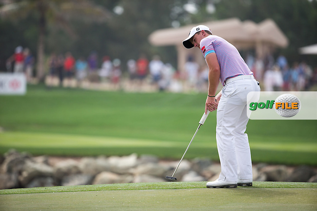 Paul Dunne (IRL) on the 7th green during the final round of the Abu Dhabi HSBC Championship, Abu Dhabi Golf Club, Abu Dhabi,  United Arab Emirates. 22/01/2017<br /> Picture: Golffile | Fran Caffrey<br /> <br /> <br /> All photo usage must carry mandatory copyright credit (&copy; Golffile | Fran Caffrey)