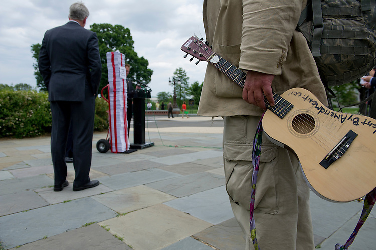 UNITED STATES - May 16: Capitol fixture Rick Hohensee was on hand to play some music at the GOP Doctor's Caucus press conference on Obamacare regulations held on the East Front of the U. S. Capitol on May 16, 2013. (Photo By Douglas Graham/CQ Roll Call)