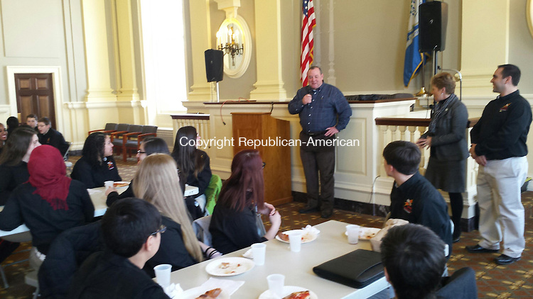WATERBURY - Mayor Neil O'Leary threw a pizza party to honor Kennedy High School's robotics team Friday.