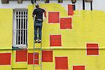 Ben Eine Stencil Street Artist. Creating new work in Middlesex Street London E1 (real name Ben Flynn)
