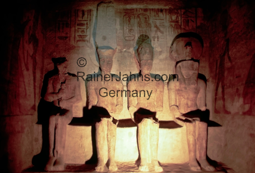 EGY, Aegypten, Abu Simbel: im Innersten des Tempels   EGY, Egypt, Abu Simbel: inside the temple