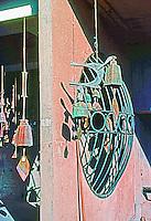 Paolo Soleri: ARCOSANTI sculpture. Photo '77.
