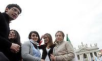 Il Ministro della Gioventu' Giorgia Meloni, a destra, alla manifestazione del Popolo della Liberta' a Roma, 20 marzo 2010..Italian Youth Minister Giorgia Meloni, right, takes part in the People of Freedom center-right party demonstration in Rome, 20 march 2010..UPDATE IMAGES PRESS/Riccardo De Luca